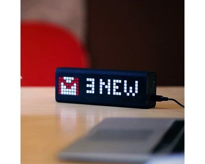lametric-real-time-smart-dashboard-clock-notification