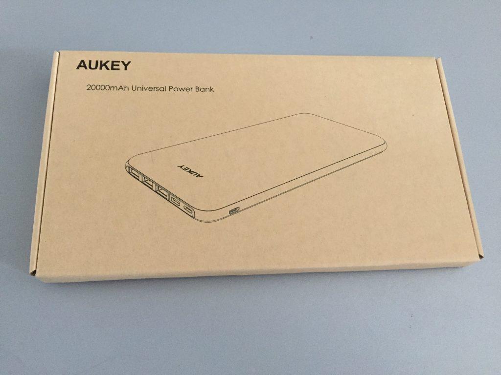 Batterie externe aukey 1