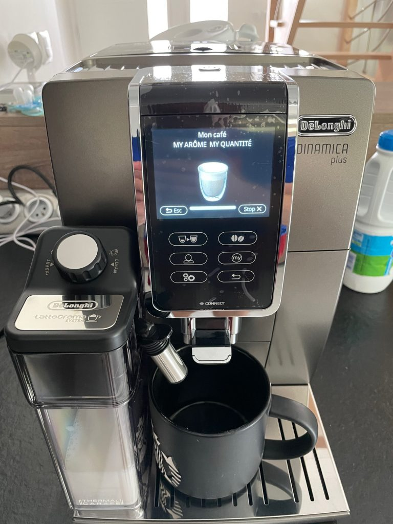réalisation d'un café delonghi 16