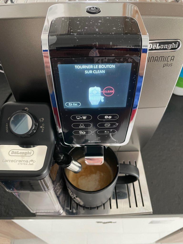 réalisation d'un café delonghi 24