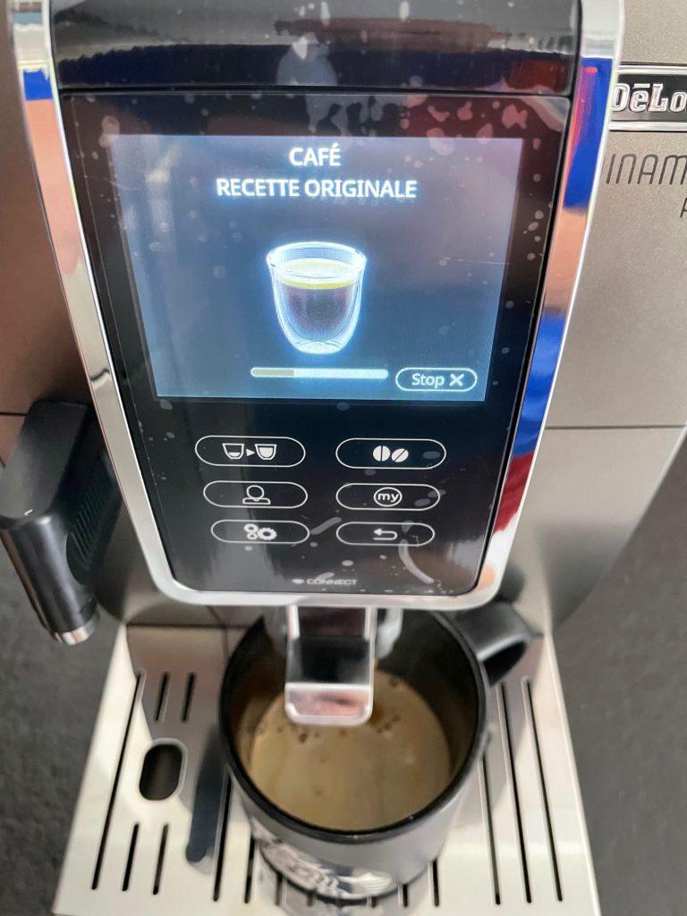 réalisation d'un café delonghi 4